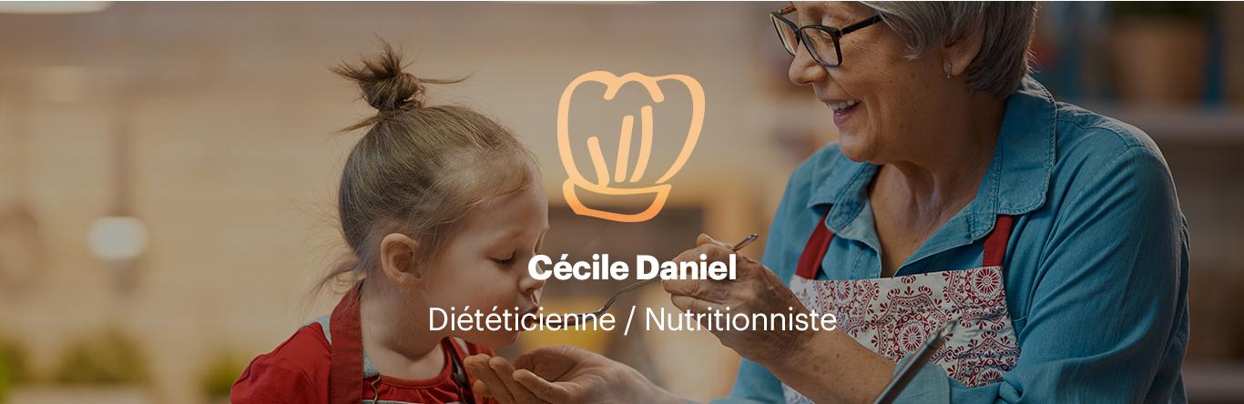 Image d'un atelier diététique avec une grand mère et son enfant